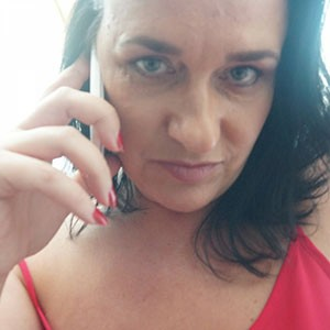 Text Sarah on her mobile 07441 910 975 for sexting